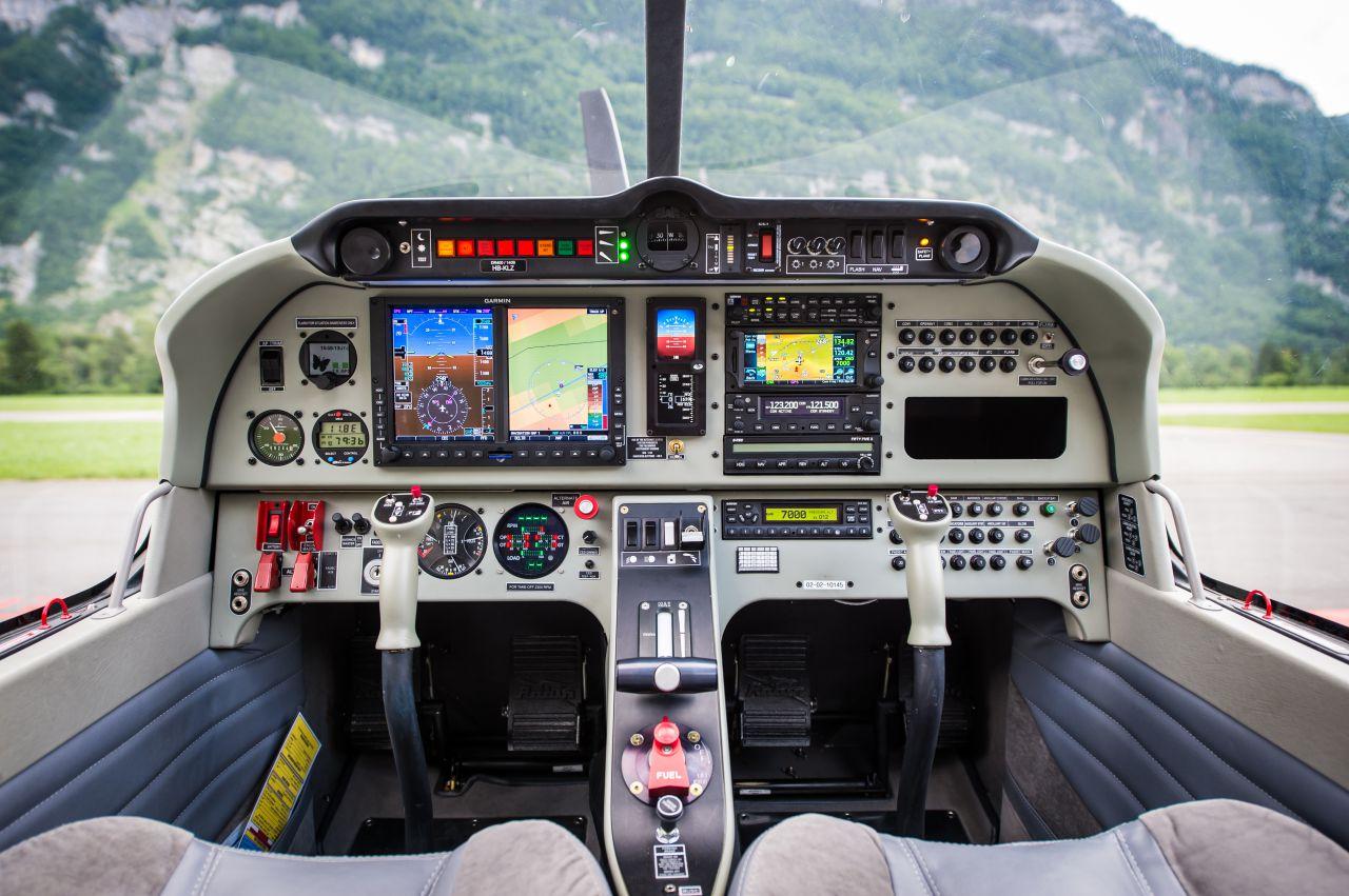 Cockpit DR401
